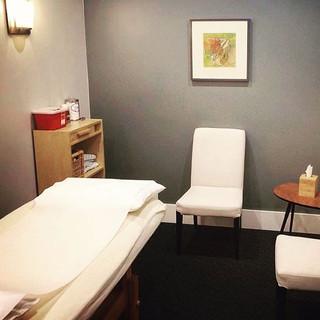 acupuncture, patient room