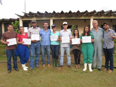 Curso de Avaliação ginecológica e diagnóstico de gestação através da palpação retal em bovinos