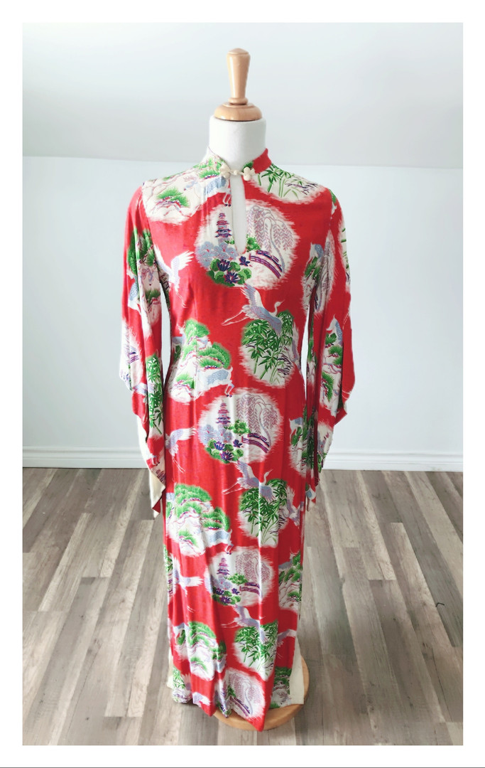 Vintage Red Graphic Print Long 3030 Dress