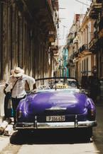En La Cuidad - Purple Chevy - La Habana,