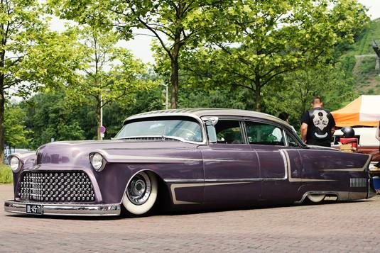 Purple Cadillac - Landscape - Kustom Kul