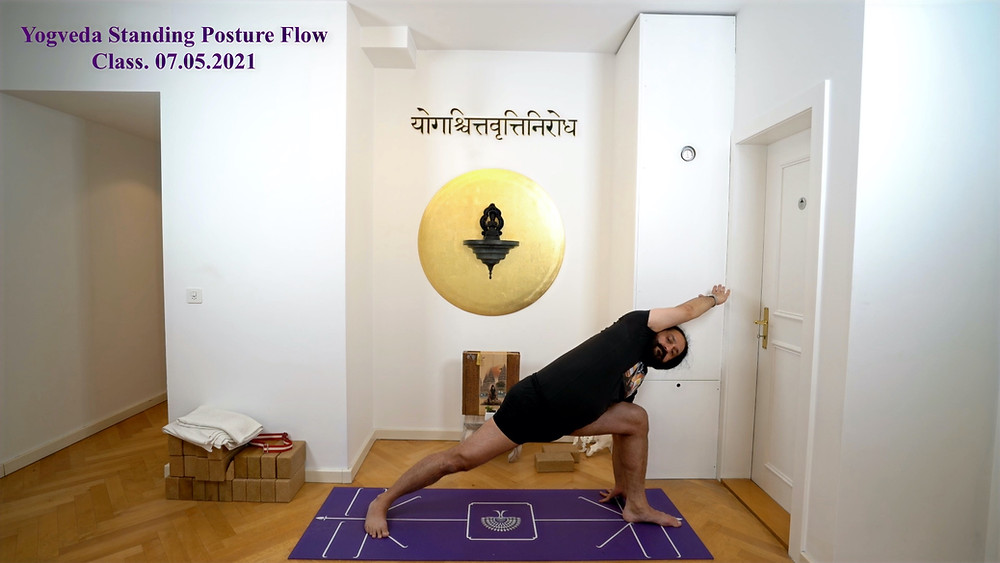 Full yoga class on Yogveda Yoga video shop