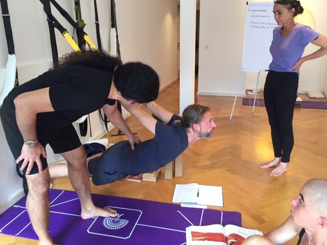 Yogveda Yoga Bern-Shahid Khan
