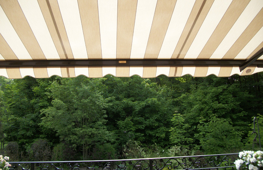 awning over second floor balcony.jpg