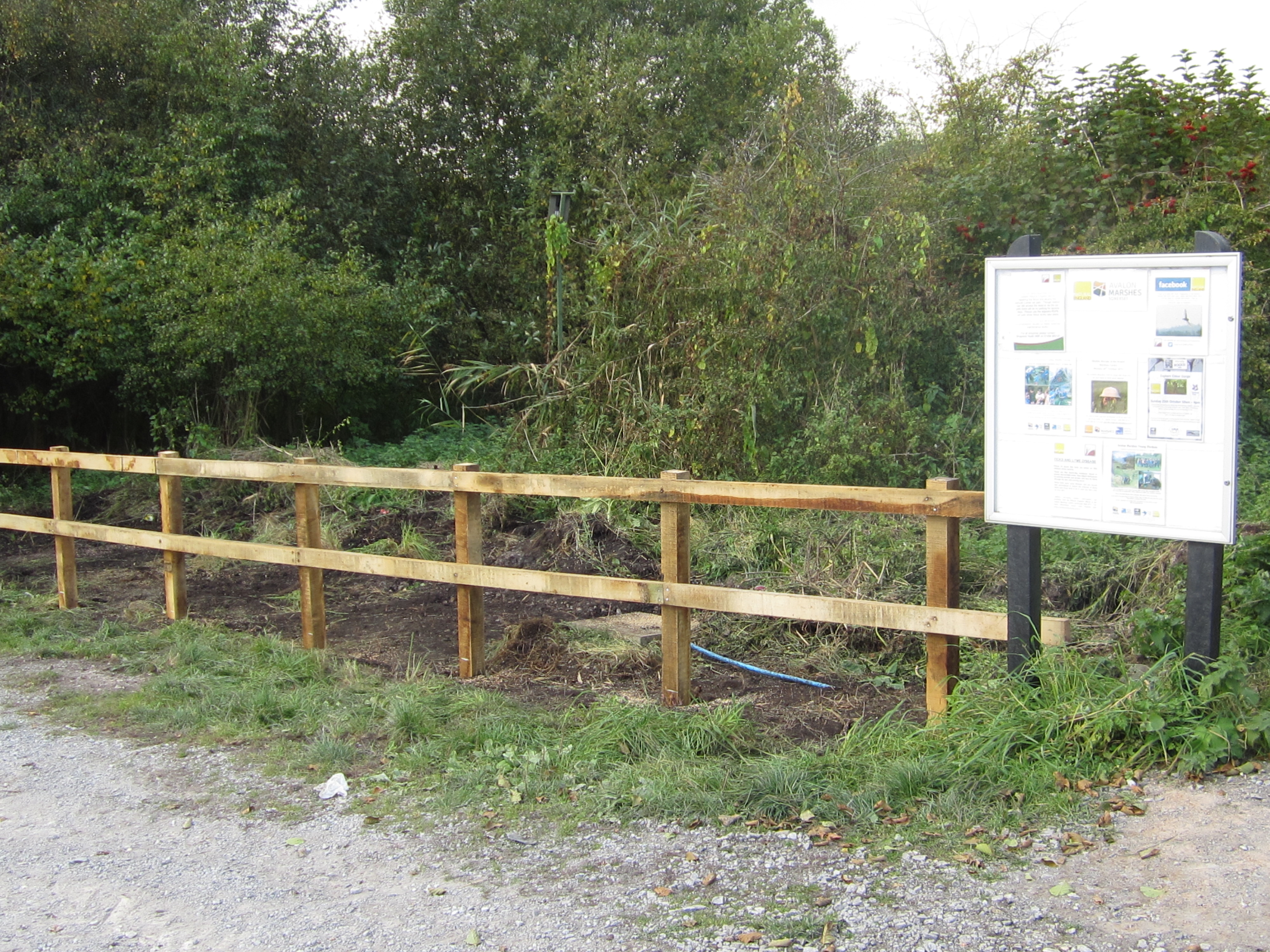 Oak post & rail fencing