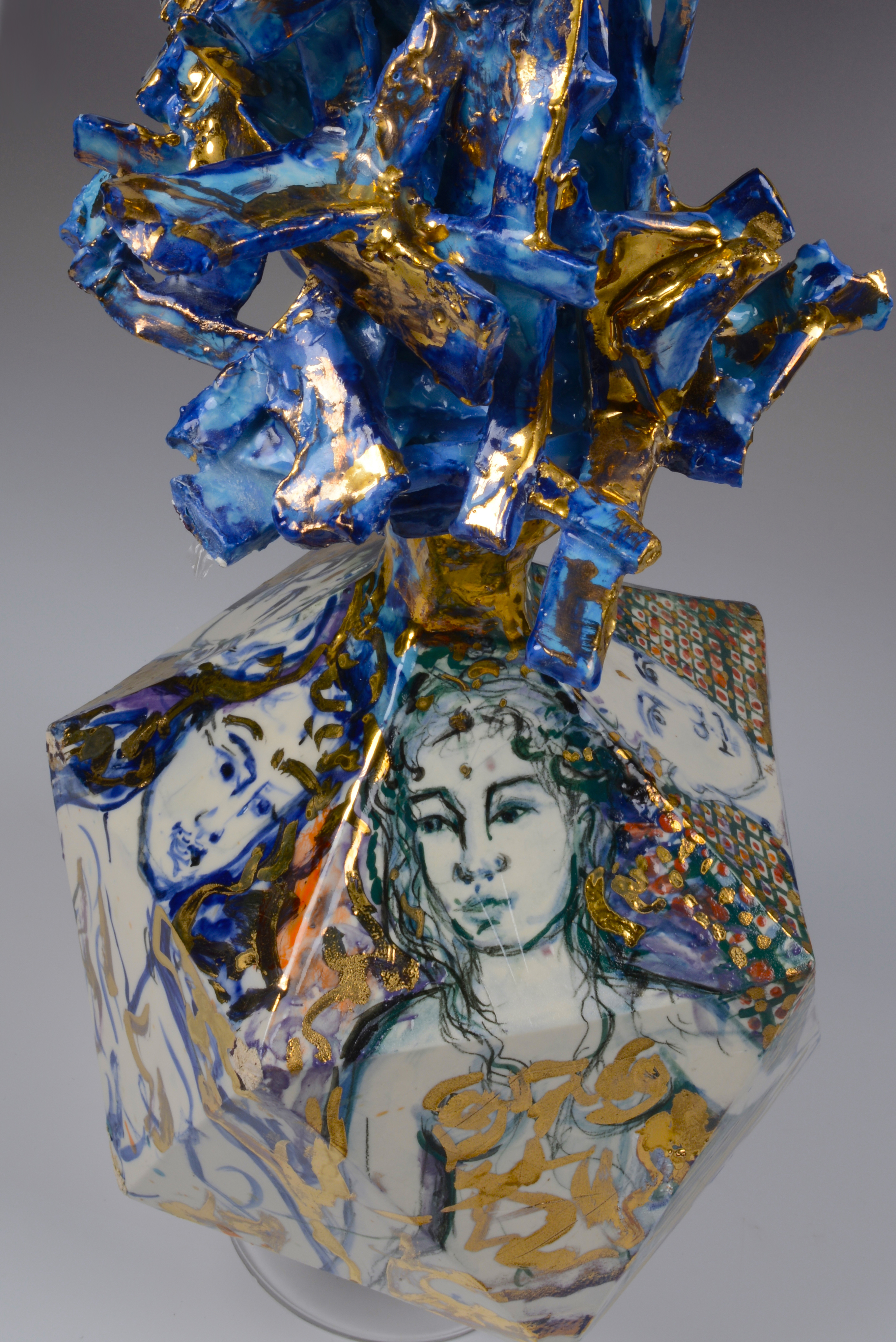 five face vase 6