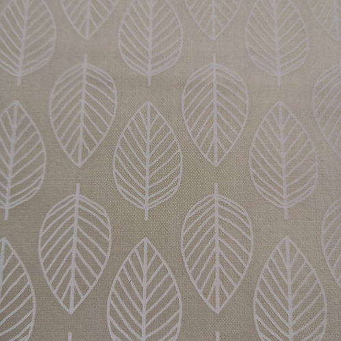 Quilting Cotton - Makower - Self Print On Cream