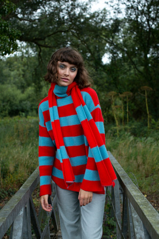 Oversized+round+neck+RED+AND+BLUE+STRIPE