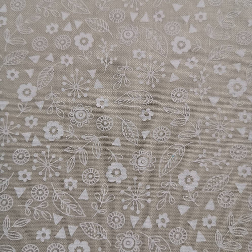 Quilting Cotton - Makower - Floral Print - White On Cream