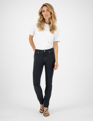 Woman-Sustainable-Jeans-Skinny-Hazen-Sto
