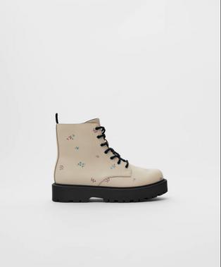 Zara Girsl Cream Lace Up Boots 2130/630