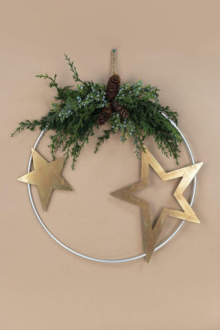 carraig-donn-star-metal-wreath-carraig-d