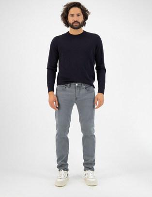 Men-Sustainable-Jeans-Regular-Dunn-03-Gr
