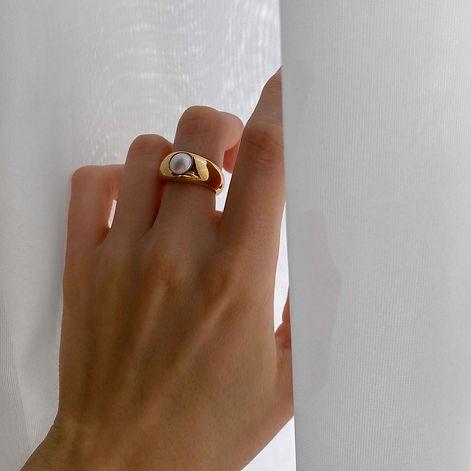 illume-pearl-dome-ring-gold-4_1296x.jpeg