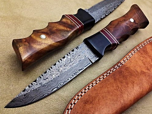Damascus Hunting Knife Rose Wood Raindrop- T016