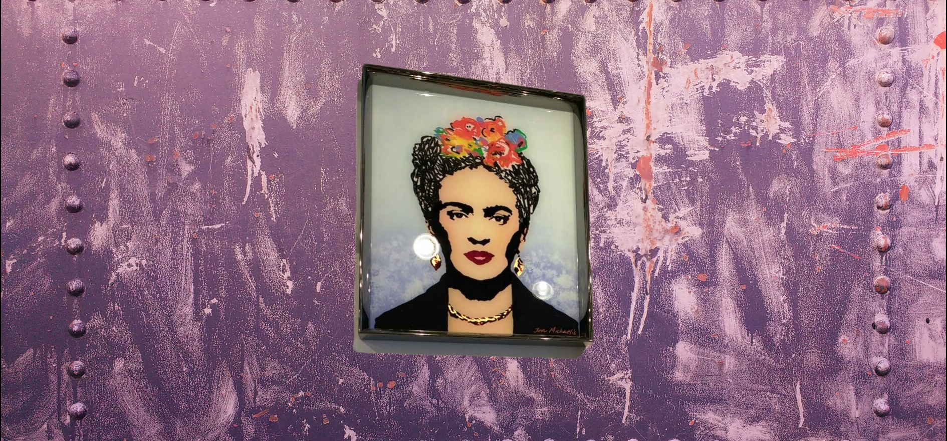 Frida Kahlo met achtergrond.png