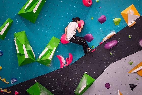 grimpe-escalade-entreprise-sortie-teambuilding-fribourg-gruyere
