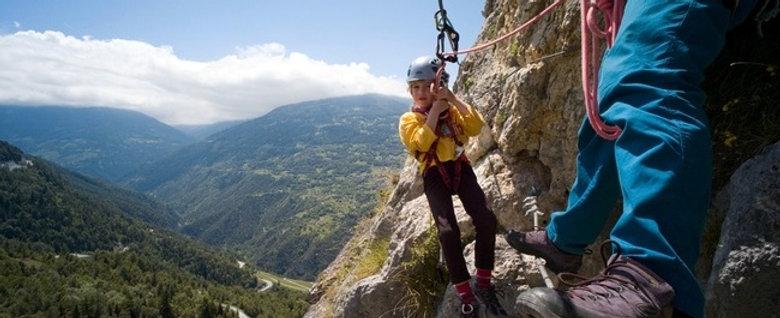CAMP D'ÉTÉ - Escalade & Aventure 8-11 ANS