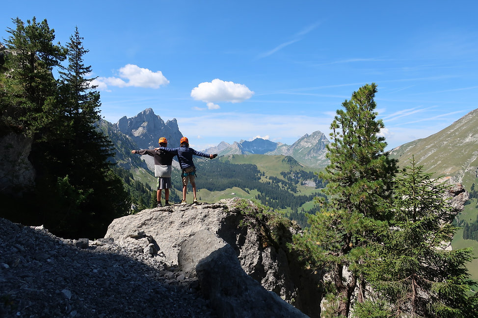 camps-voyages-escalade-aventure-gruyere-europe-fribourg