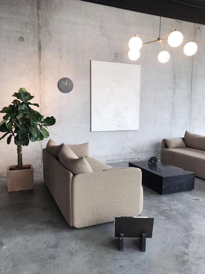 Raw minimalism