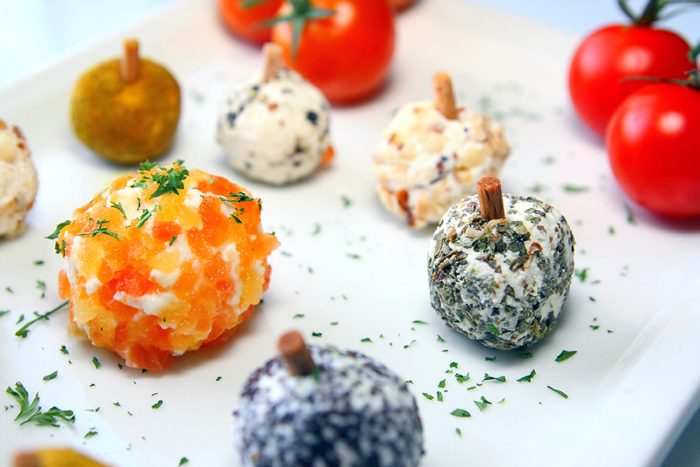 apéritif, fromage aux herbes, bouchées, légumes,