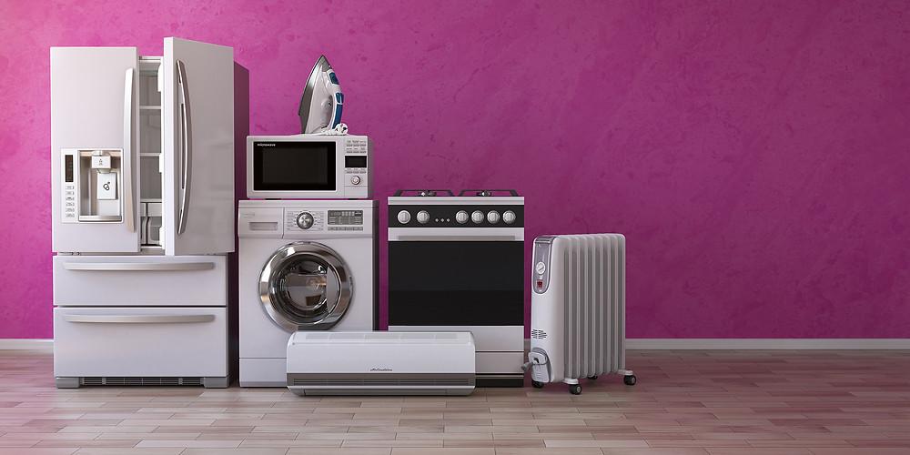 Réfrigérateur, lave-linge, micro-ondes, fer à repasser, cuisinière, climatisation