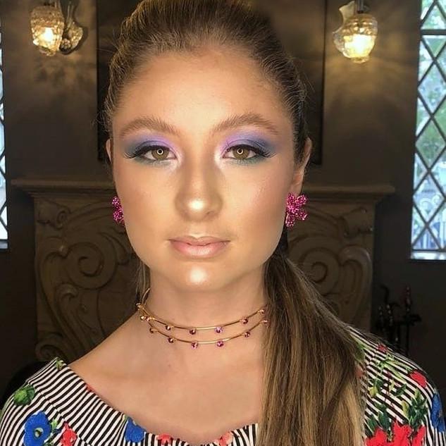 Modelo Conclusão de Curso Make Up Design 2018