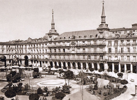 Plaza-Mayor-1860-600x436.jpg