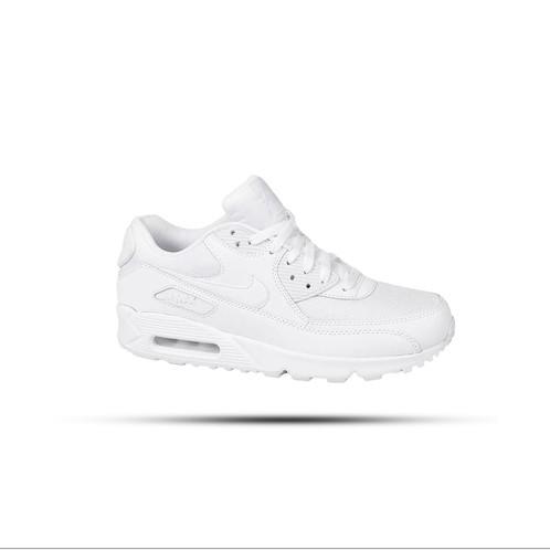 promo code 1b670 ad518 Tênis Nike Air Max 90 Essential Masculino