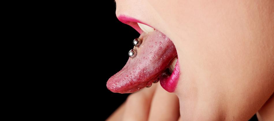 piercing locandina.jpg
