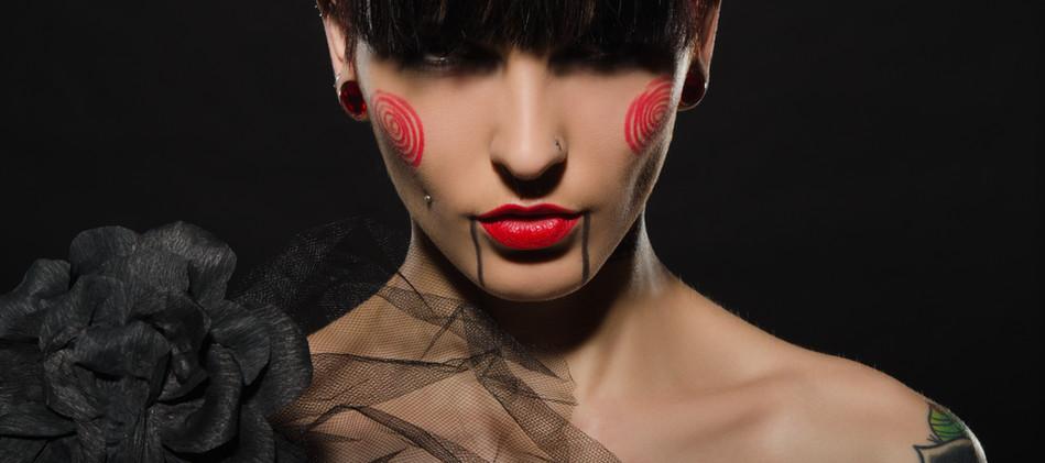 foto piercing tattoo.jpg