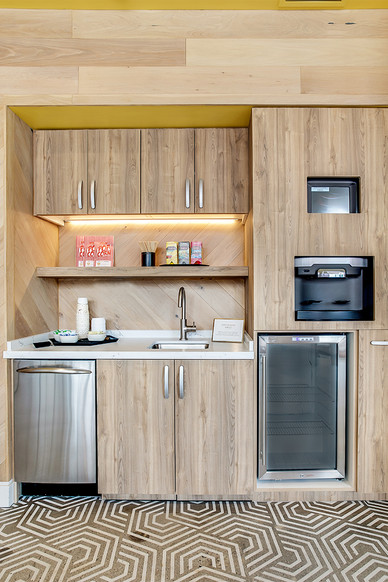 Clubhouse Kitchenette Lighting