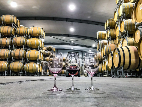 7 BENEFITS WINERIES GET FROM SOCIAL MEDIA