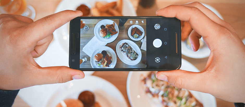 LOCAL INFLUENCERS, PHOTOGRAPHERS AND FOODIES