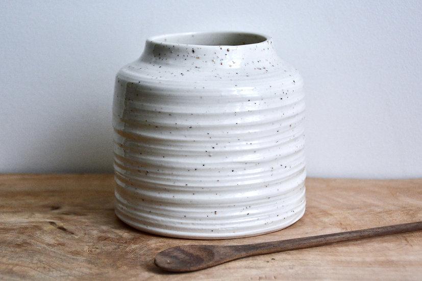 Vase carré gourmand, grains de mica