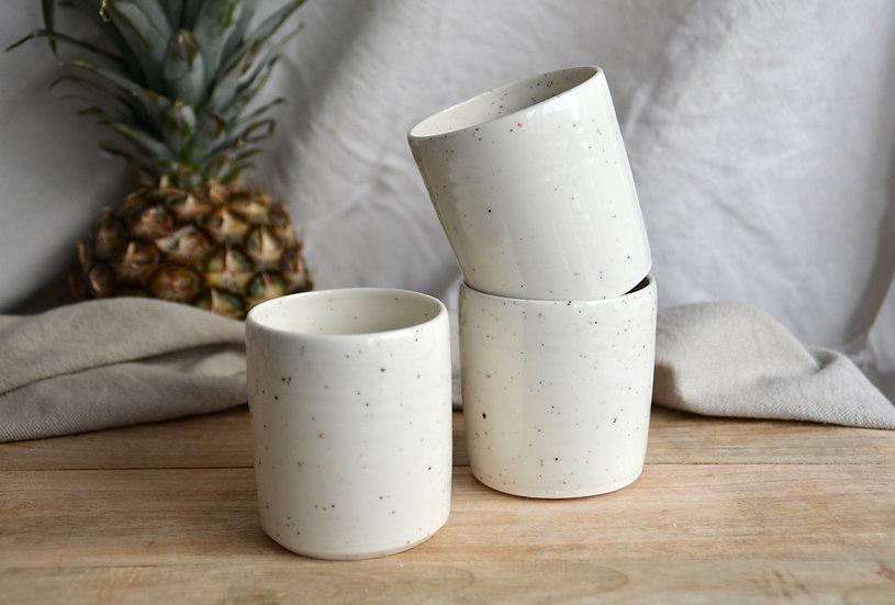 Tasse droite granitée et brillante