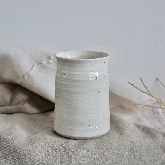 Vase gourmand et strié, grains de mica