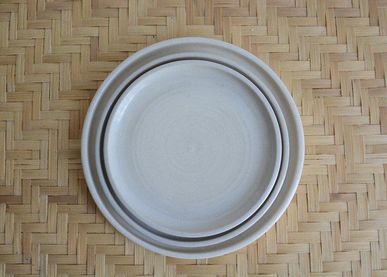 Coupelle avec rebords en grès blanc émaillé