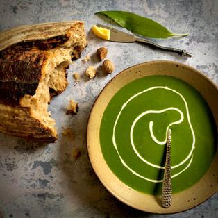 Wild garlic, spinach & nutmeg veloute, sourdough