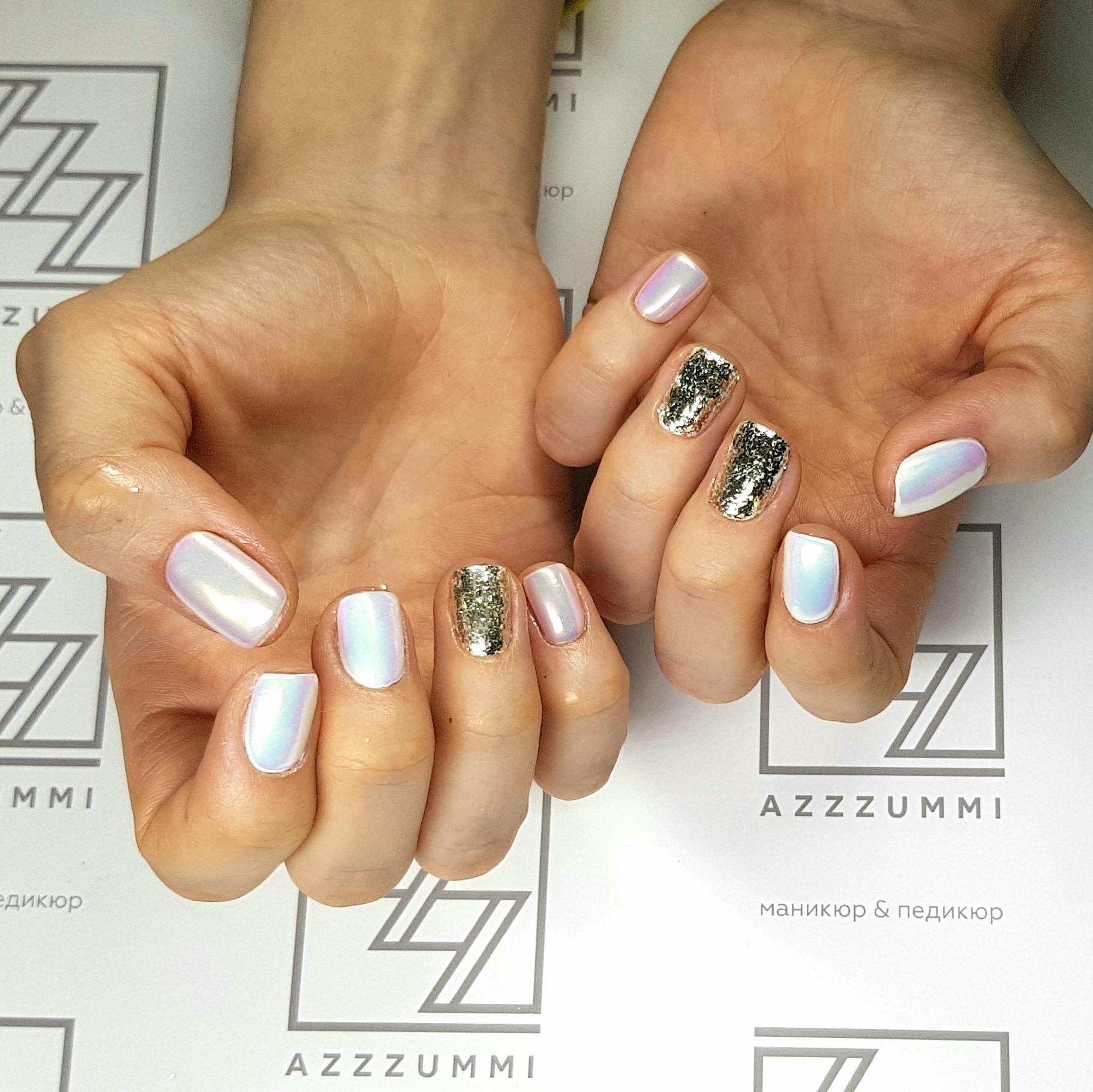 Azzzummi_nails_ 1905_золотыехлопья4