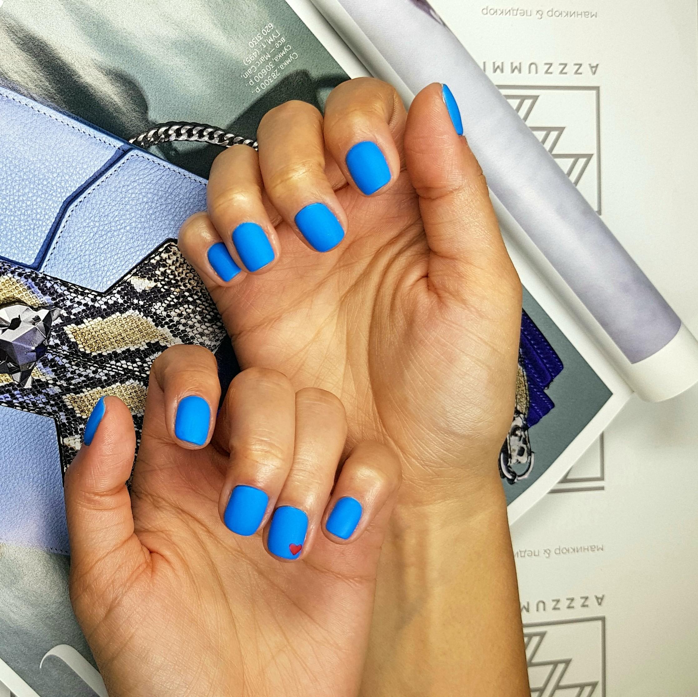 1905_Azzzummi_nails_синий
