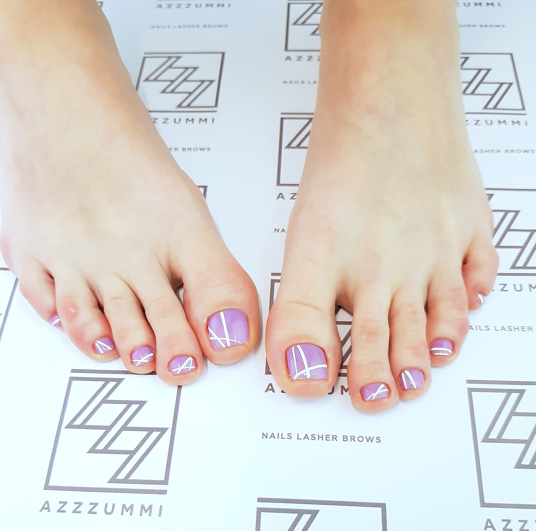 Azzzummi_маникюр_ 1905_ножки