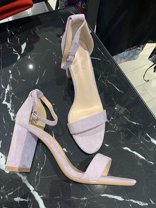 Sandalo con tacco lilla scamosciato