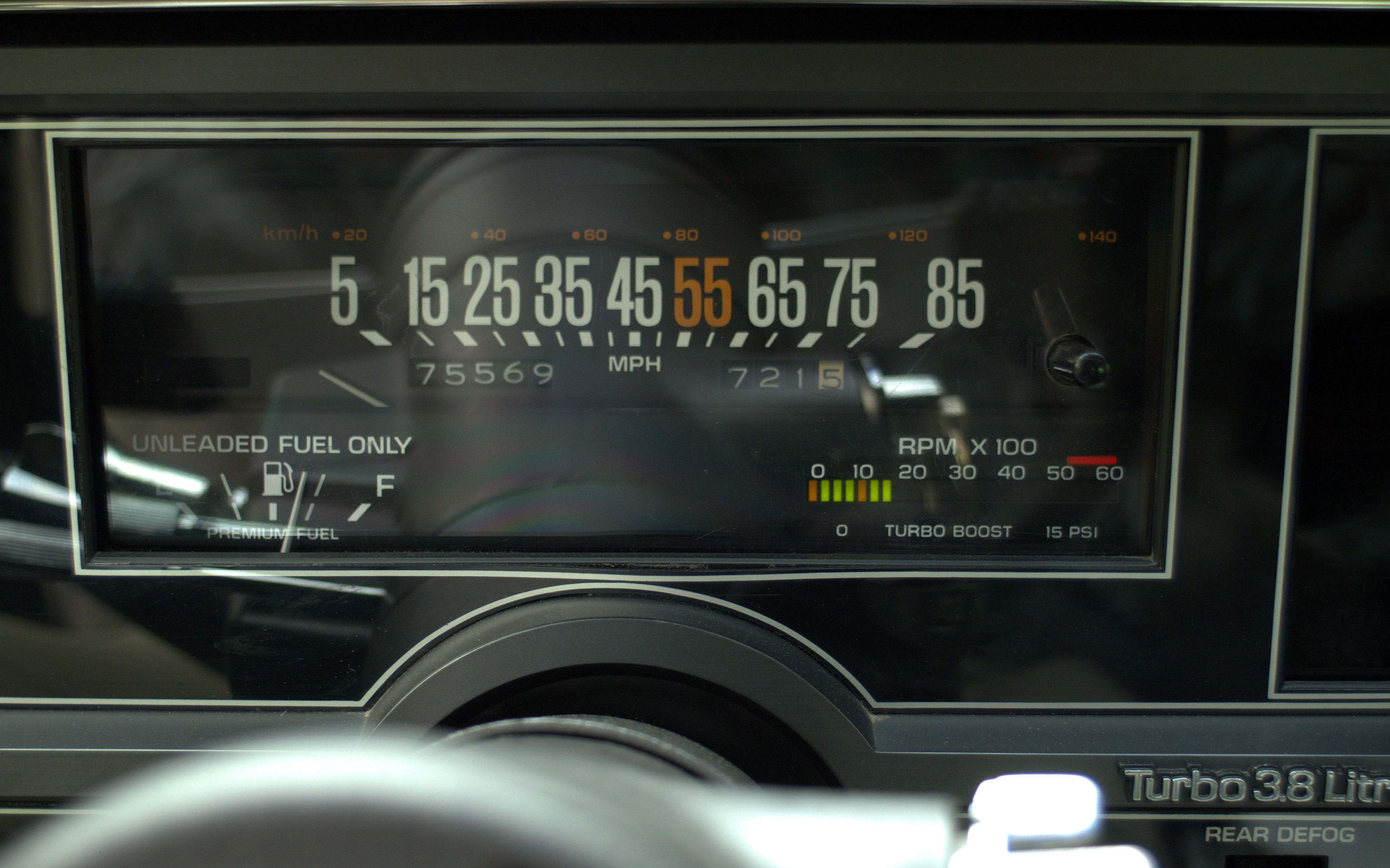84GN36.jpg