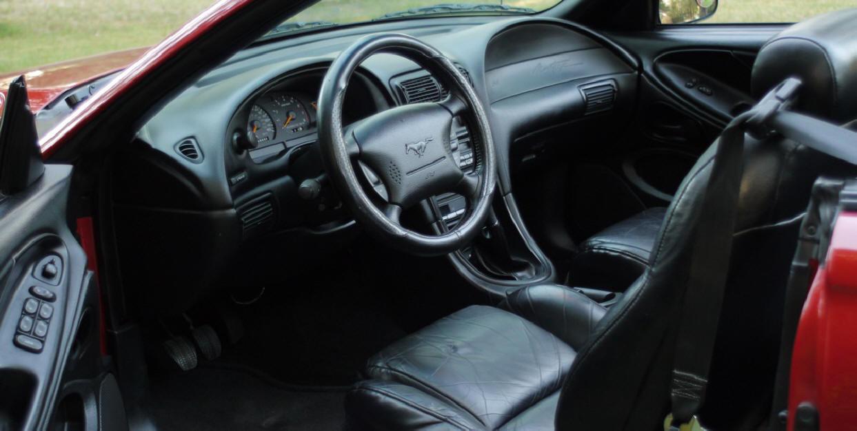 Mustang Conv 017.jpg