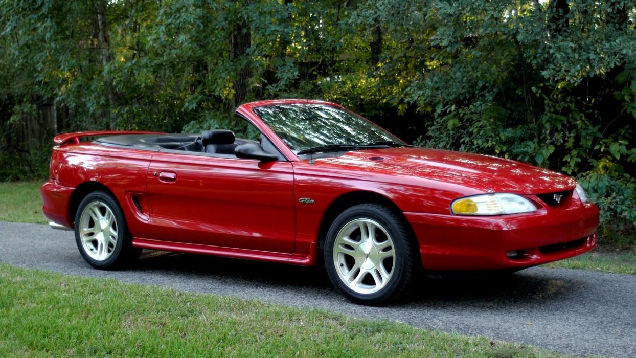 Mustang Conv 009.jpg