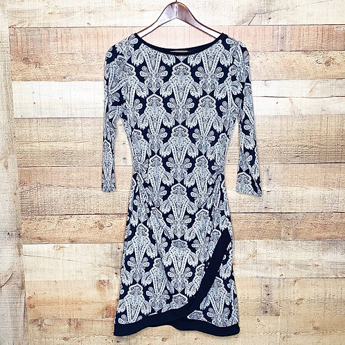 41 Hawthorn Fitted Black & White Paisley Dress