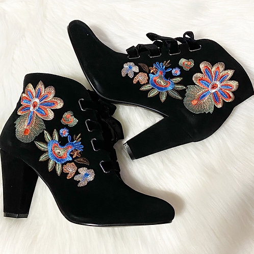 Anthro Chelsea Crew Frida Embroidered Suede Boot