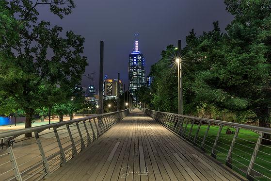 Birrarung Pedestrian Bridge.jpg
