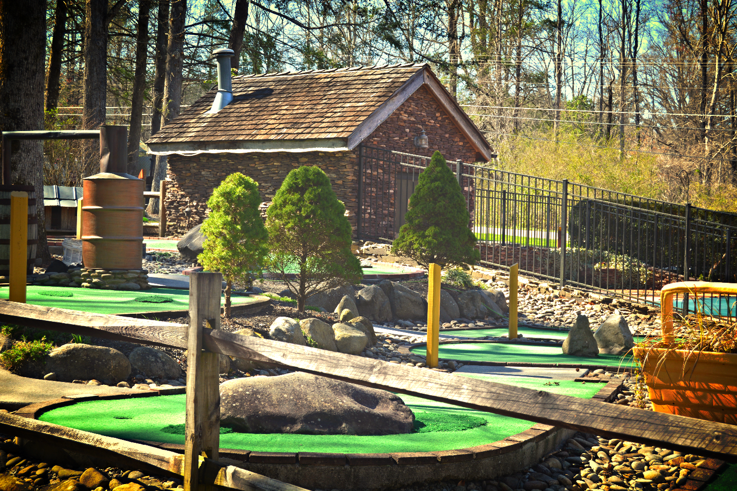 Smoky Mountain Mini Golf